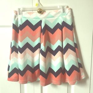Rue 21 Chevron pattern skirt